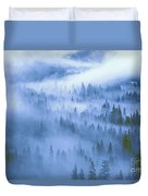 Fir Trees Shrouded In Fog In Yosemite Valley Duvet Cover