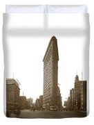 Flatiron Building New York City Circa 1904 Duvet Cover