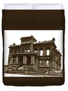 James Clair Flood Mansion Atop Nob Hill San Francisco Earthquake And Fire Of April 18 1906 Duvet Cover