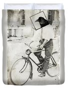 Fly Out Of Town Duvet Cover