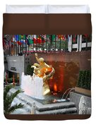 Fountain And Prometheus - Rockefeller Center Duvet Cover
