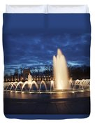 Fountain At Night World War II Memorial Washington Dc Duvet Cover