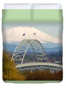 Fremont Bridge And Mount Saint Helens Duvet Cover