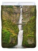 Full View Of Multnomah Falls In The Columbia River Gorge Of Oregon Duvet Cover