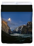 Glow - Moonrise Over Yosemite National Park. Duvet Cover