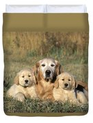 Golden Retriever With Puppies Duvet Cover