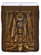 Grand Central Terminal Station Chandeliers Duvet Cover