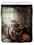 Graphic Artist - The Humble Printing Press Duvet Cover