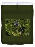 Great Grey Owl On The Hunt Duvet Cover