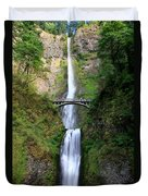 Greenery Of Multnomah Falls Duvet Cover