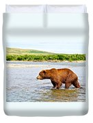 Grizzly Bear Determined To Catch A Salmon This Time In The Moraine River  Duvet Cover