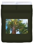 Grizzly Giant Sequoia Top In Mariposa Grove In Yosemite National Park-california    Duvet Cover