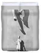 Hands Of The Puppeteer, 1929 Duvet Cover by Tina Modotti