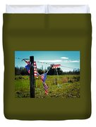 Hanging On - The American Spirit By William Patrick And Sharon Cummings Duvet Cover