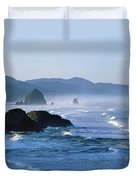 Haystack Rocks In Cannon Beach Duvet Cover