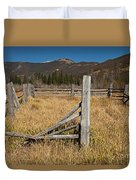 Holzwarth Historic Site In The Kawuneeche Valley Duvet Cover