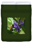 Honey Bee On Purple Flower Duvet Cover