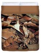 Horned Frog Camouflaged In Leaf Litter Duvet Cover