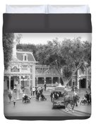 Horse And Trolley Turning Main Street Disneyland Bw Duvet Cover