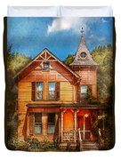House - Victorian - The Wayward Inn Duvet Cover