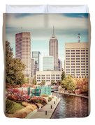 Indianapolis Skyline Old Retro Picture Duvet Cover