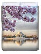 Jefferson Memorial In The Early Morning Duvet Cover