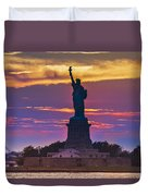 Liberty Statue Silhouette Sunset Duvet Cover