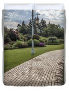 Light Post And Walkway At Michigan State University Duvet Cover