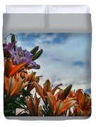 Lilys At La Fonda Duvet Cover