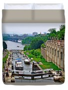 Locks On Rideau Canal East Of Parliament Building In Ottawa-on Duvet Cover