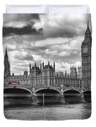 London - Houses Of Parliament And Red Buses Duvet Cover by Melanie Viola