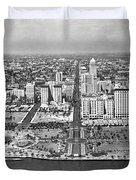 Looking Up Flagler Street At Downtown Miami Duvet Cover