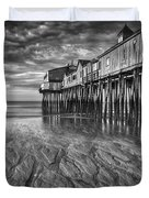 Low Tide At Orchard Beach Black And White Duvet Cover by Jerry Fornarotto