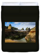 Low Tide At The Arches Duvet Cover