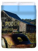 Mail Pouch Barn And Old Cars Duvet Cover