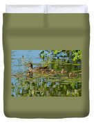 Mallard Mom And The Kids Duvet Cover