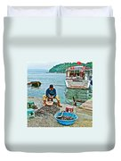 Man Selling Fresh Mussels On The Bosporus In Istanbul-turkey  Duvet Cover