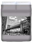 Manhattan Bridge - Pike And Cherry Streets Duvet Cover