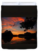 Marlu Lake At Sunset Duvet Cover