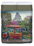 Matterhorn Mountain With Hot Popcorn At Disneyland Textured Sky Duvet Cover