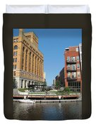 Milwaukee River Architecture 5 Duvet Cover