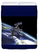 Mir Russian Space Station In Orbit Duvet Cover by Leonello Calvetti