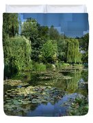 Monet's Lily Pond At Giverny Duvet Cover
