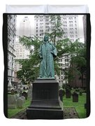 Monument John Watts Trinity Churchyard New York Duvet Cover