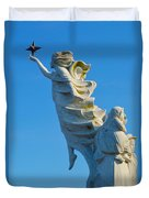 Monument To The Immigrants Statue 1 Duvet Cover