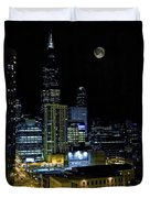 Moon Rise Over Downtown Chicago And The Willis Tower #2 Duvet Cover