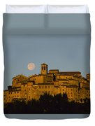 Moonrise Over Anghiarri Duvet Cover