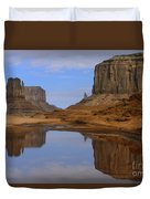 Morning Reflections In Monument Valley Duvet Cover