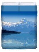 Mount Cook Reflecting In Lake Pukaki Duvet Cover