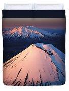 Mt Ngauruhoe And Mt Ruapehu Duvet Cover